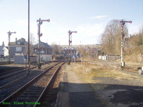 Die 4 Ausfahrtssignale in Richtung Lützel > Hilchenbach > Kreuztal.