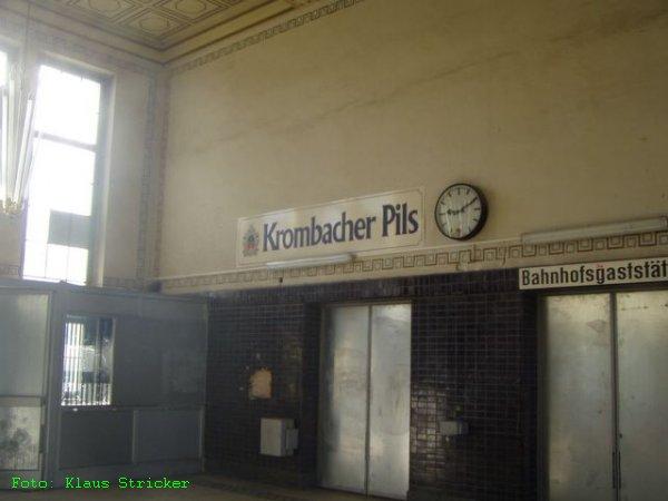 Die Zeit, als es in der Bahnhofsgaststätte mal Pils gab, ist auch schon länger vorbei.