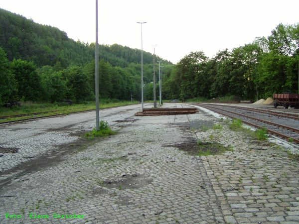 Die Ladestraße im Norden des Bahnhofs.
