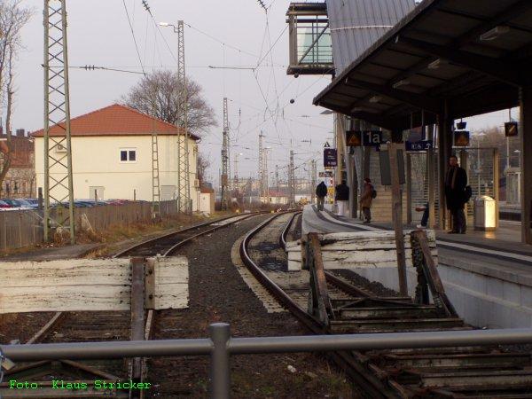 Auf Gleis 1A fahren die Züge aus Bad Dürkheim ein.