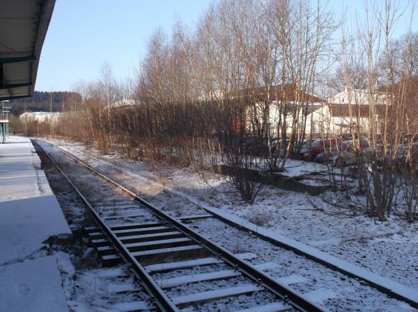 Blick auf die Reste des zweiten Bahnsteigs